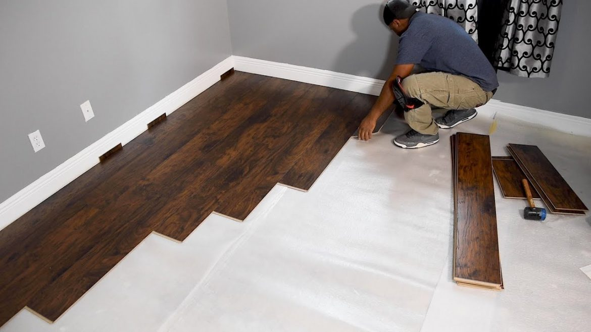 Why Teak is a Great Selection for Your Flooring?