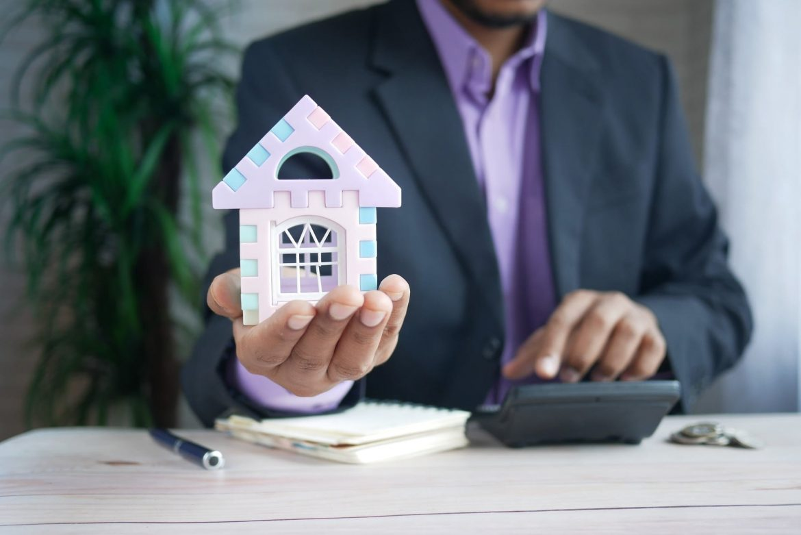 Whether or not selling Home To Cash Buyers is right for you